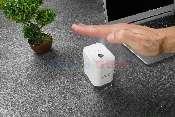 aparat de igienizare a mainilor fara contact cu senzor de miscare